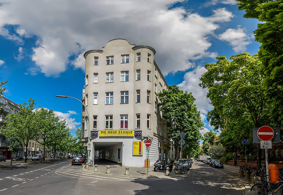 DIE NEUE SCHULE Language School Berlin Gieselerstr. 30a Office